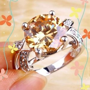 Ring ***NEW 💍 Yellow Amethyst